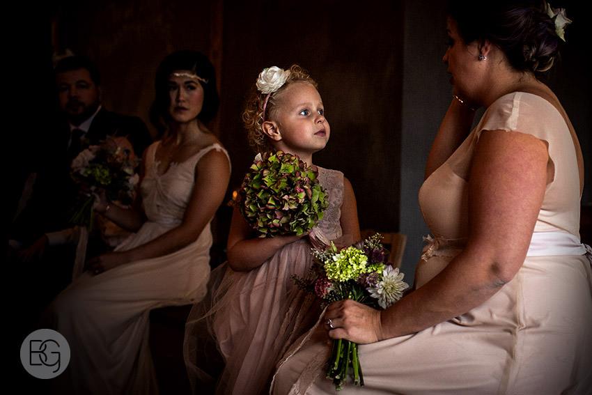 Edmonton-wedding-photographers-calgary-lindsay-warren-02.jpg