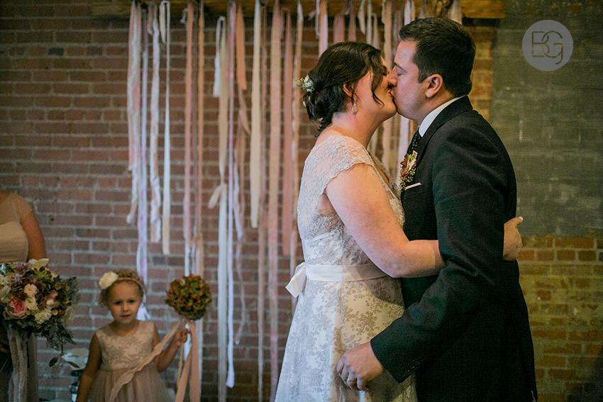 Edmonton-wedding-photographers-calgary-lindsay-warren-07.jpg
