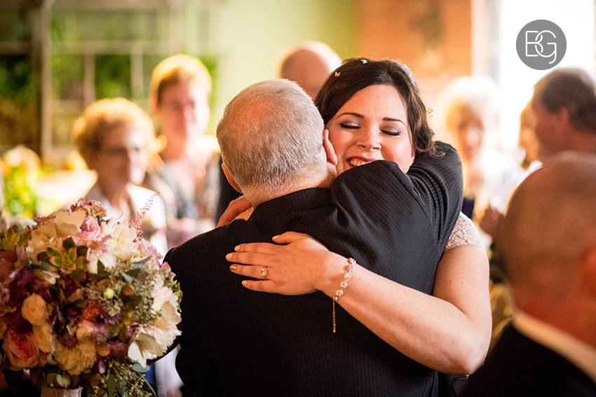 Edmonton-wedding-photographers-calgary-lindsay-warren-09.jpg