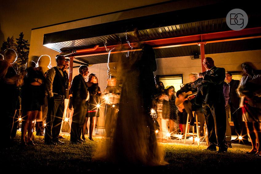 Edmonton-wedding-photographers-calgary-lindsay-warren-29.jpg