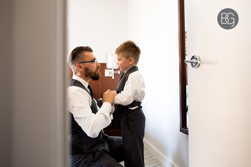 Edmonton-wedding-photographer-AmandaMike-06.jpg