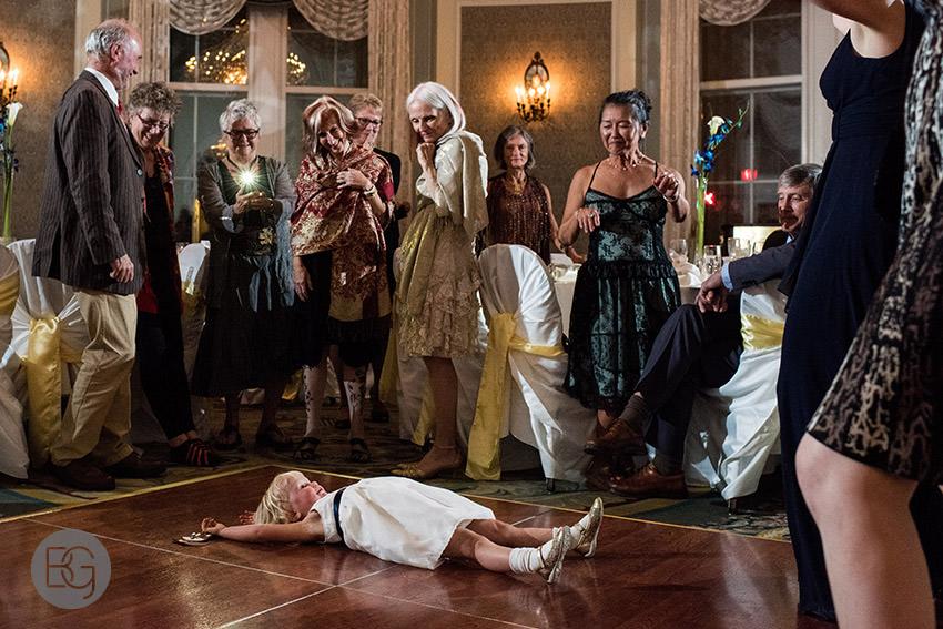 Edmonton-wedding-photographers-calgary-helenka-martin-30.jpg