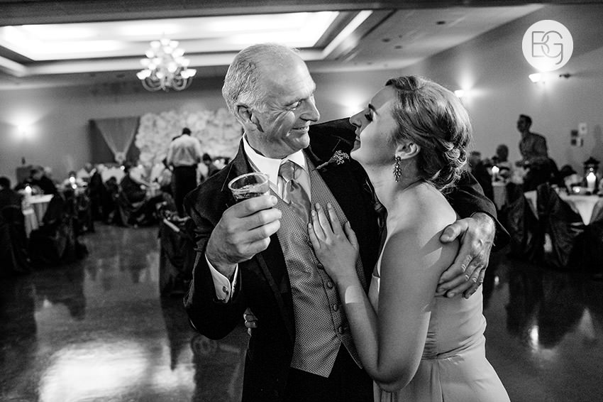 Edmonton-wedding-photographers-jessie-andy-22.jpg