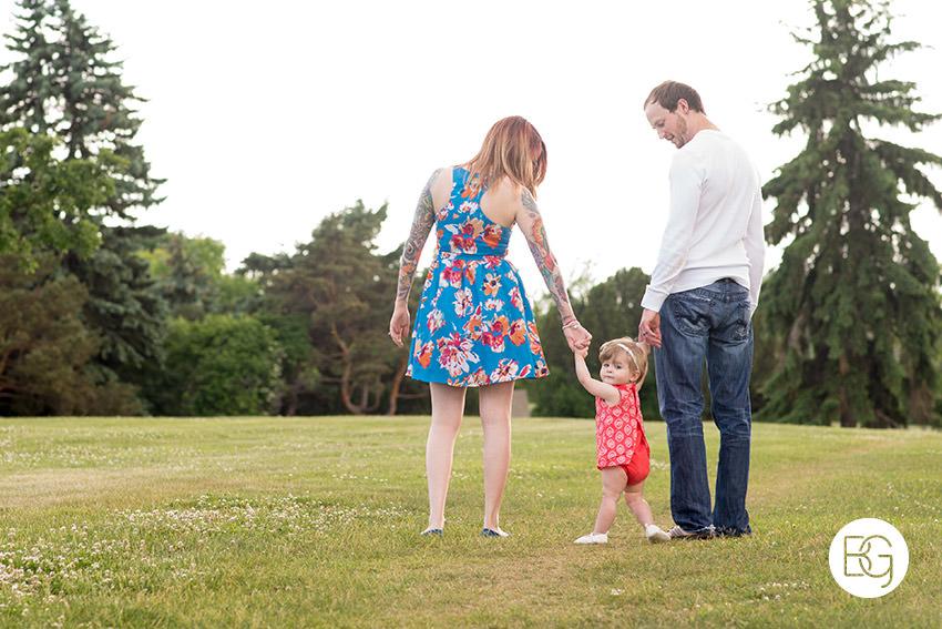 edmonton-family-photographer-mcallister-9.jpg