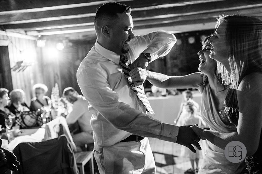 Edmonton_wedding_photographers_fort_edmonton_calgary_shannonkyle_40.jpg
