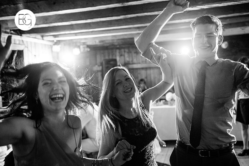 Edmonton_wedding_photographers_fort_edmonton_calgary_shannonkyle_41.jpg