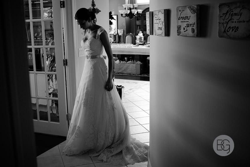 Edmonton-wedding-photographers-calgary-bridal-photography-photojournalism-nick-teresa-02.jpg