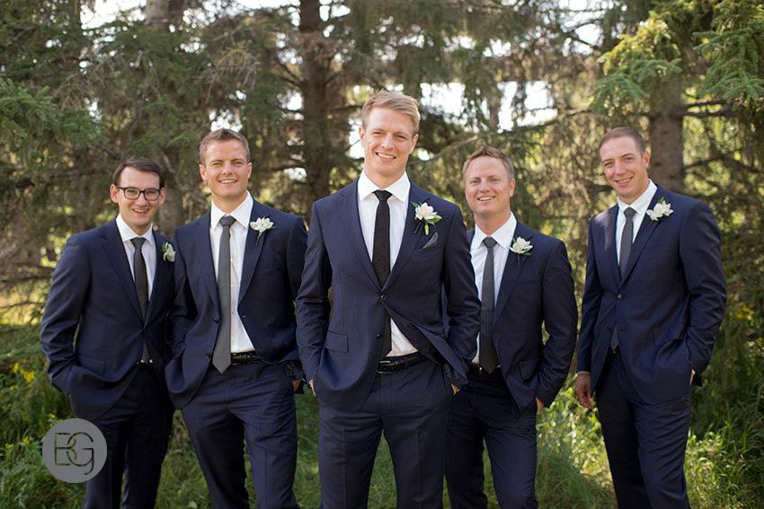 Edmonton-wedding-photographers-calgary-bridal-photography-photojournalism-nick-teresa-21.jpg