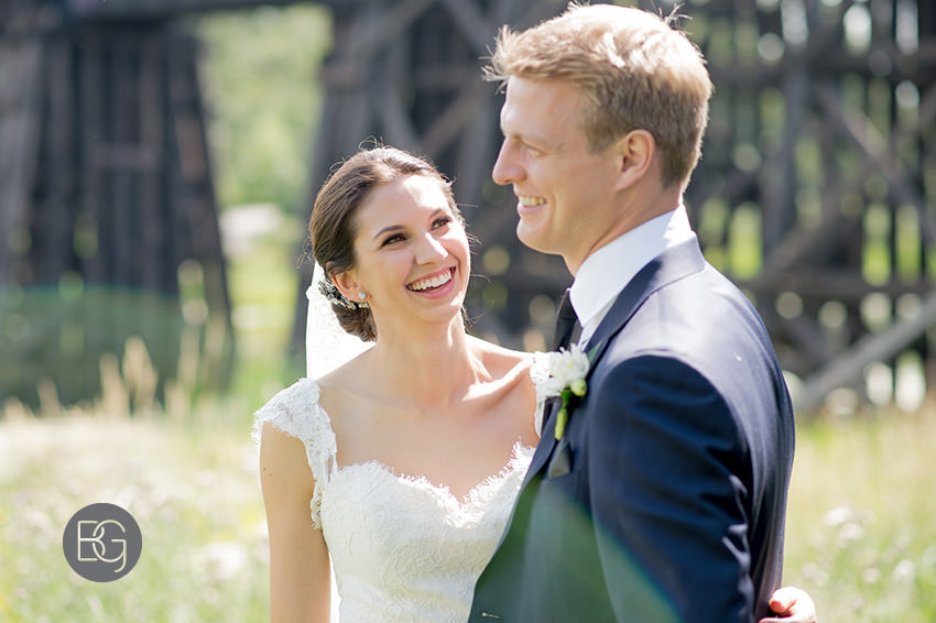 Edmonton-wedding-photographers-calgary-bridal-photography-photojournalism-nick-teresa-22.jpg