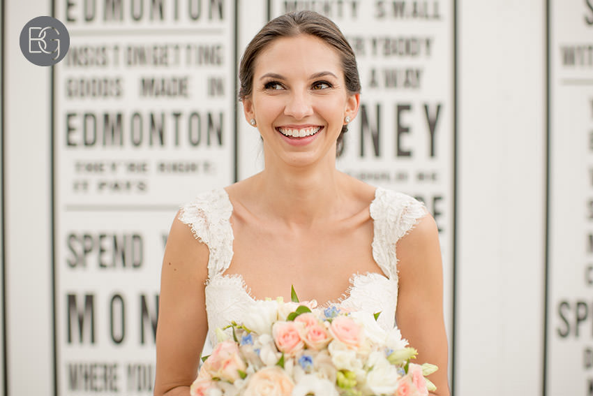 Edmonton-wedding-photographers-calgary-bridal-photography-photojournalism-nick-teresa-25.jpg