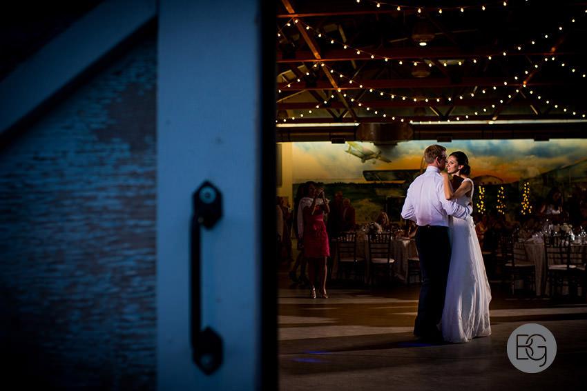 Edmonton-wedding-photographers-calgary-bridal-photography-photojournalism-nick-teresa-41.jpg