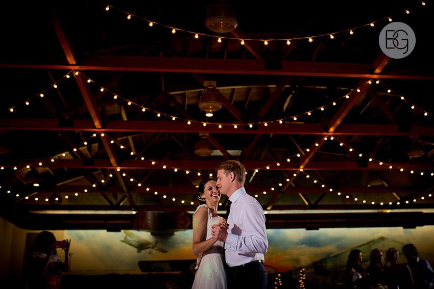 Edmonton-wedding-photographers-calgary-bridal-photography-photojournalism-nick-teresa-42.jpg