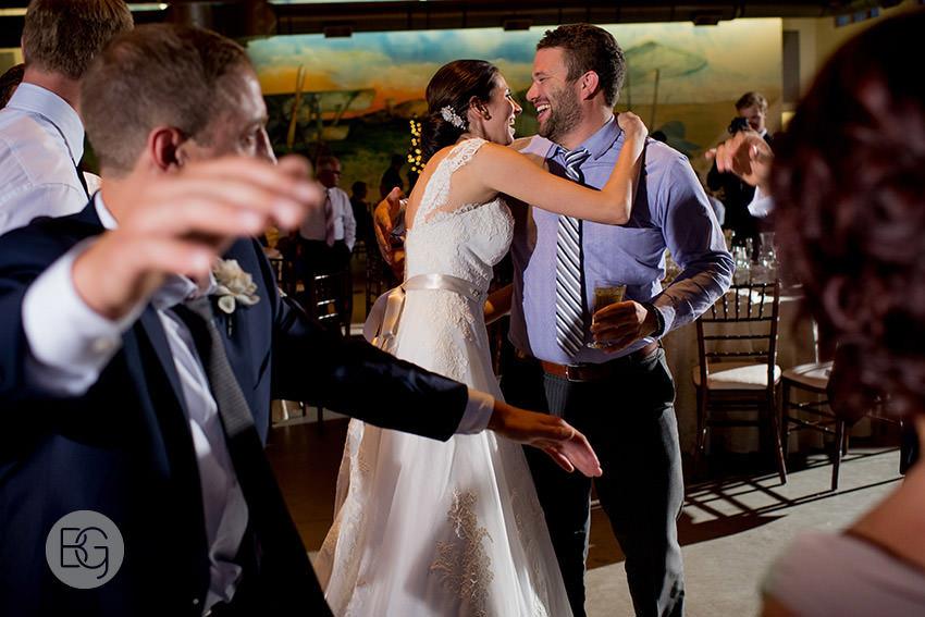 Edmonton-wedding-photographers-calgary-bridal-photography-photojournalism-nick-teresa-43.jpg