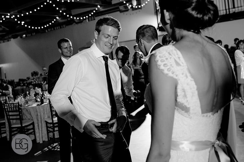 Edmonton-wedding-photographers-calgary-bridal-photography-photojournalism-nick-teresa-44.jpg