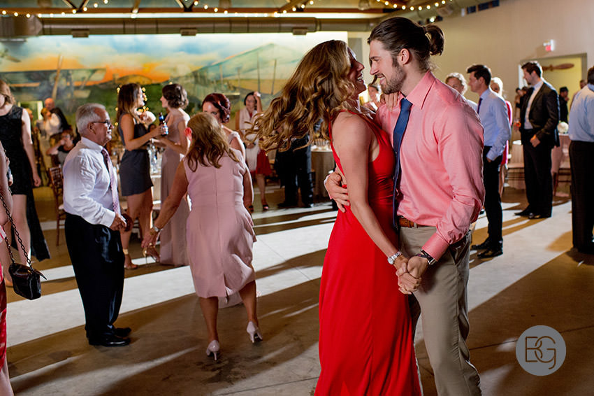 Edmonton-wedding-photographers-calgary-bridal-photography-photojournalism-nick-teresa-45.jpg