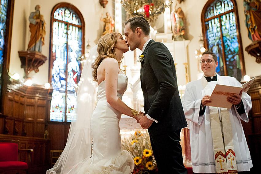 Edmonton-wedding-photographers-calgary-weddings-vanessamatt-15.jpg