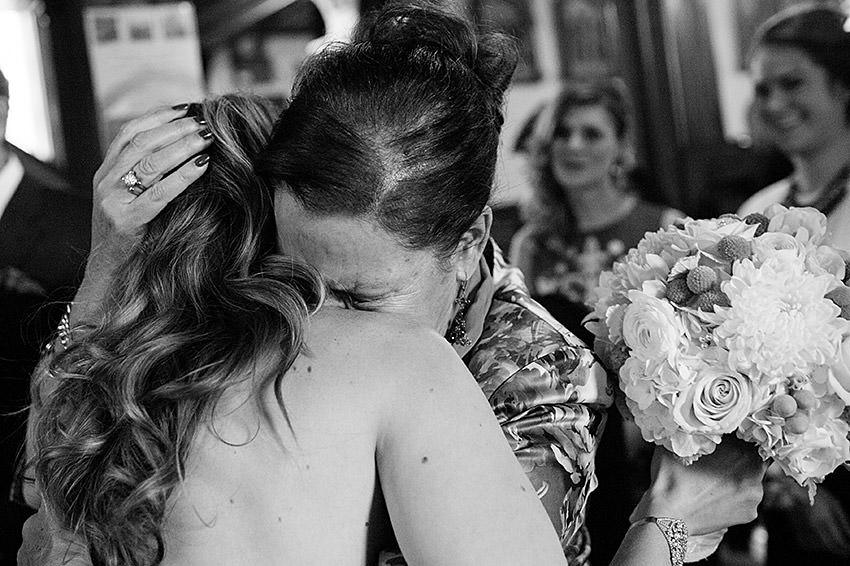 Edmonton-wedding-photographers-calgary-weddings-vanessamatt-18.jpg