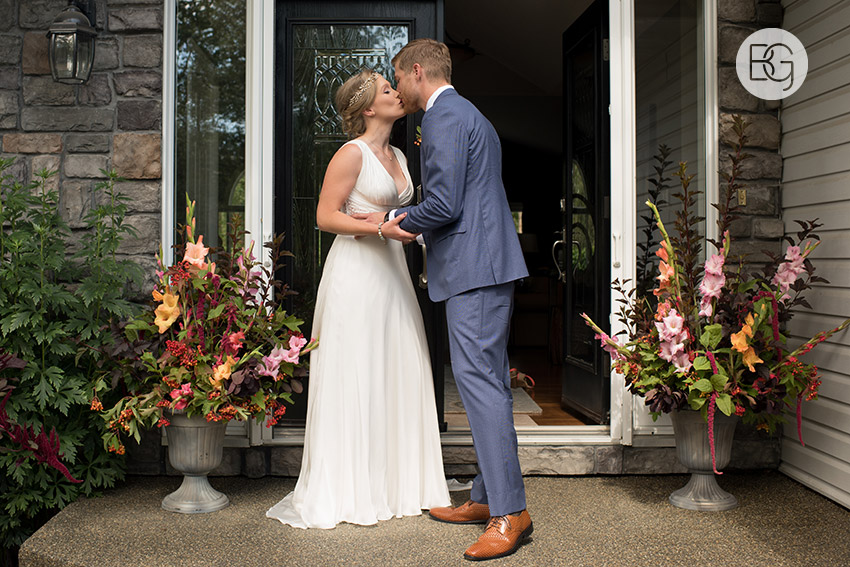 Edmonton_wedding_photographers_Talia_Jake_08.jpg