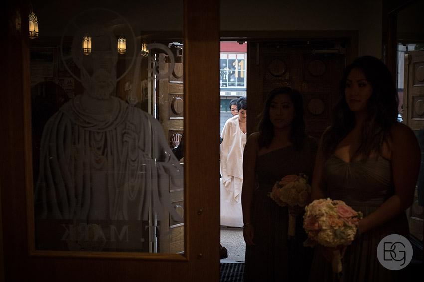 Edmonton_wedding_photographers_lindsay_mike_17.jpg