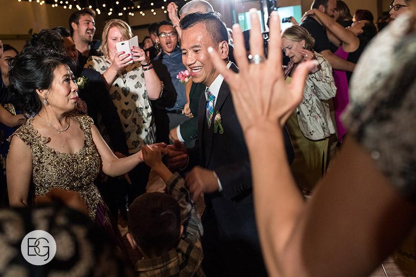 Edmonton_wedding_photographers_angela_wandy_68.jpg