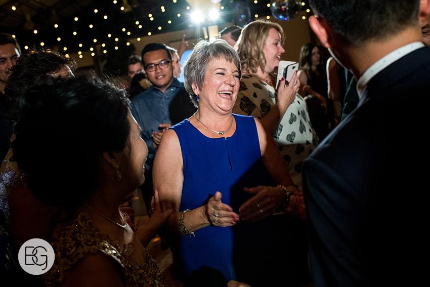 Edmonton_wedding_photographers_angela_wandy_70.jpg