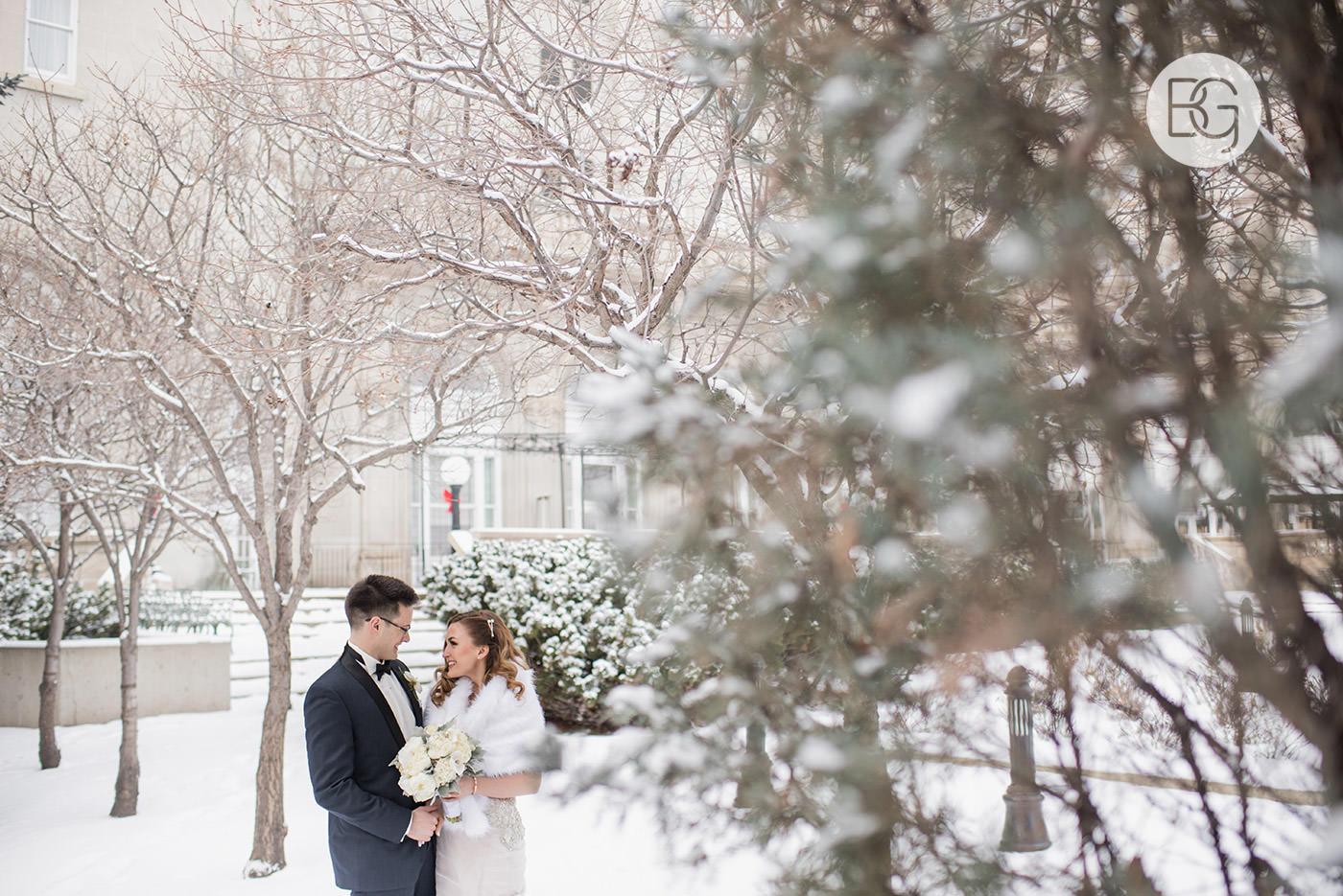 Lauren_Blair_NYE_edmonton_wedding_photographers_25.jpg
