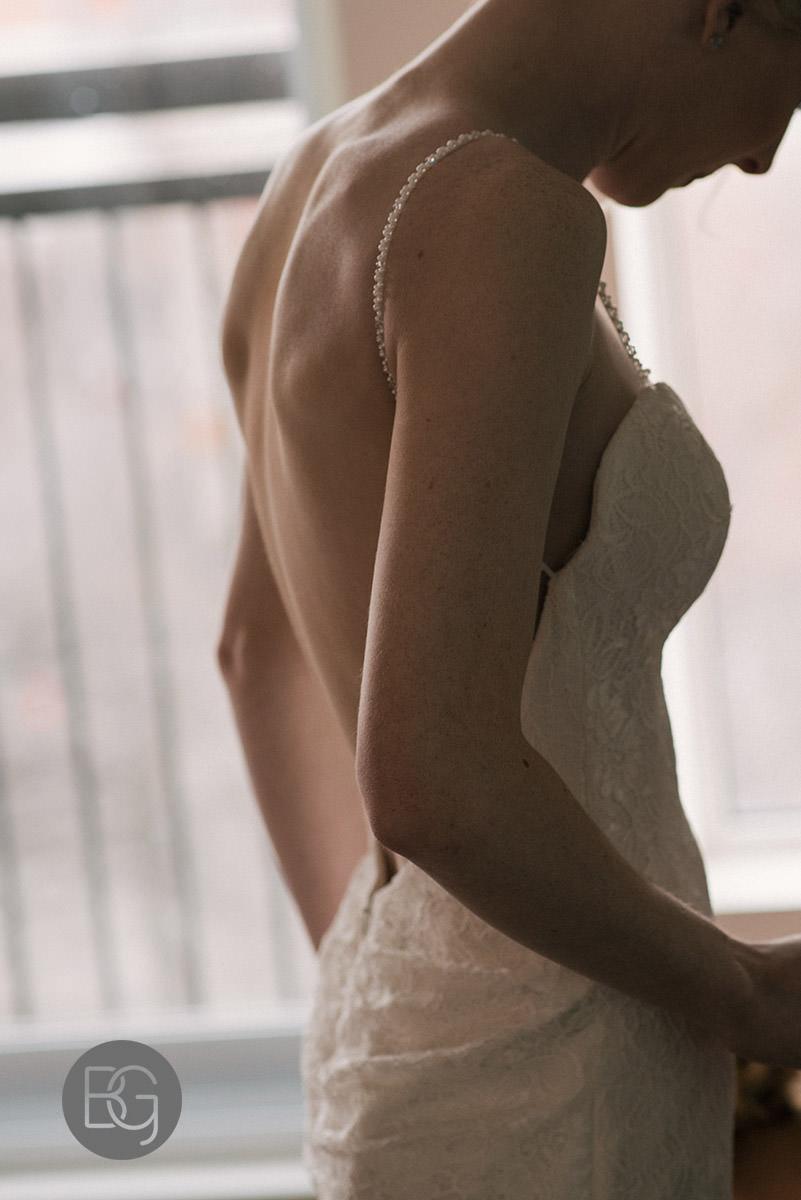 getting ready for wedding at meterra hotel edmonton wedding