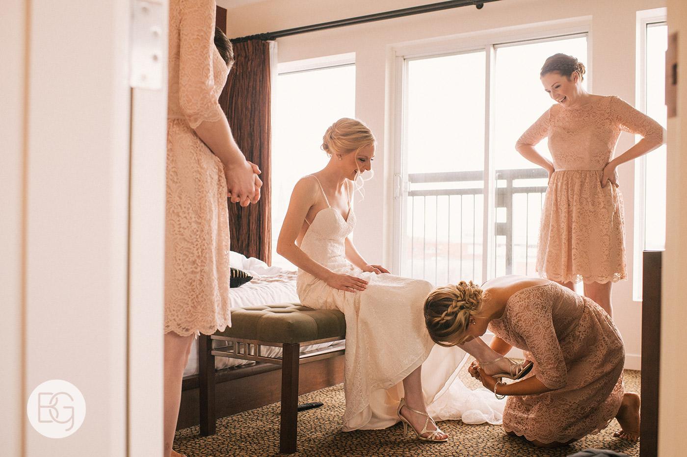 Edmonton_wedding_photographers_josh_sara_whyte_06.jpg