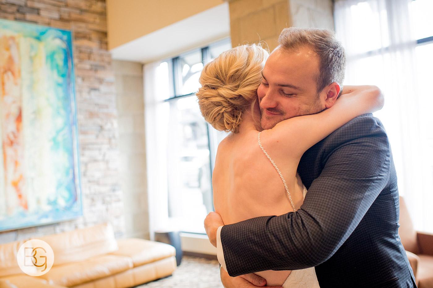 Edmonton_wedding_photographers_josh_sara_whyte_12.jpg