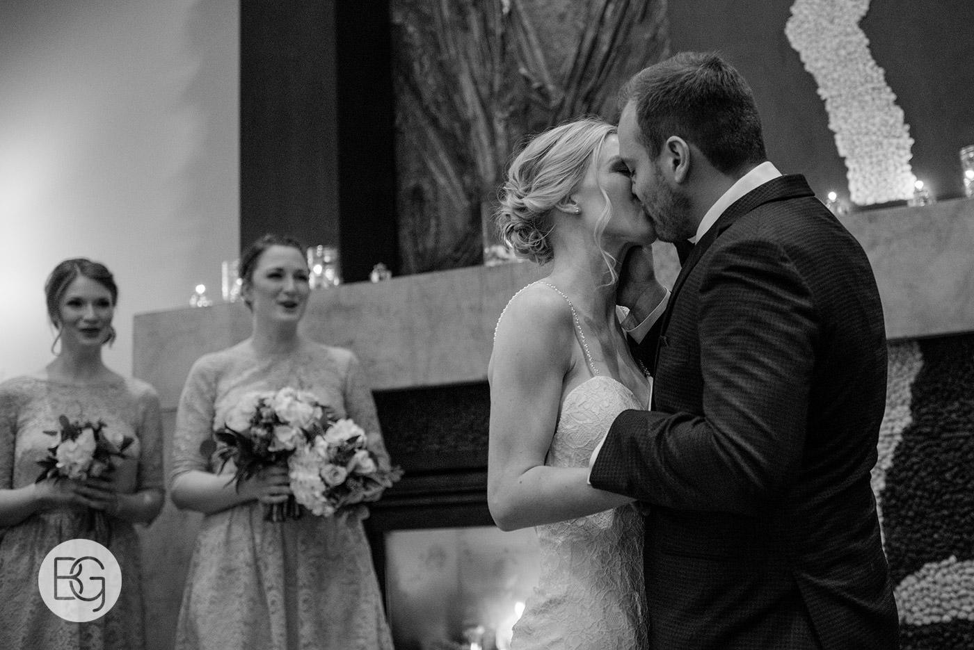 Edmonton_wedding_photographers_josh_sara_whyte_29.jpg