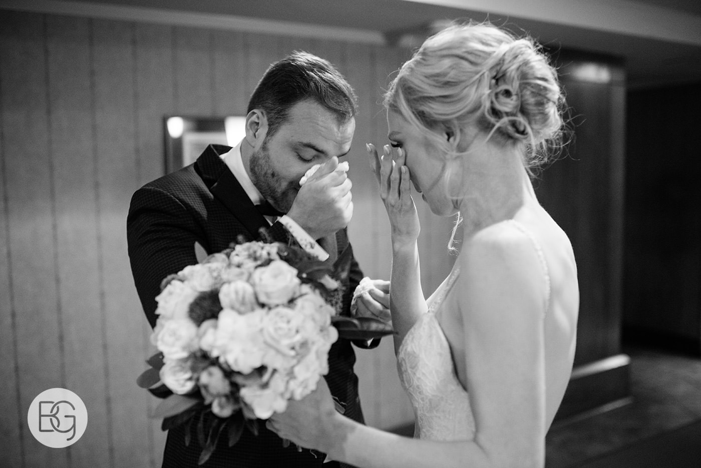 Edmonton_wedding_photographers_josh_sara_whyte_33.jpg