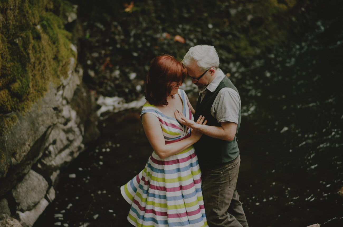 Portland_elopement_wedding_untraditional_wedding_photographers_43.JPG