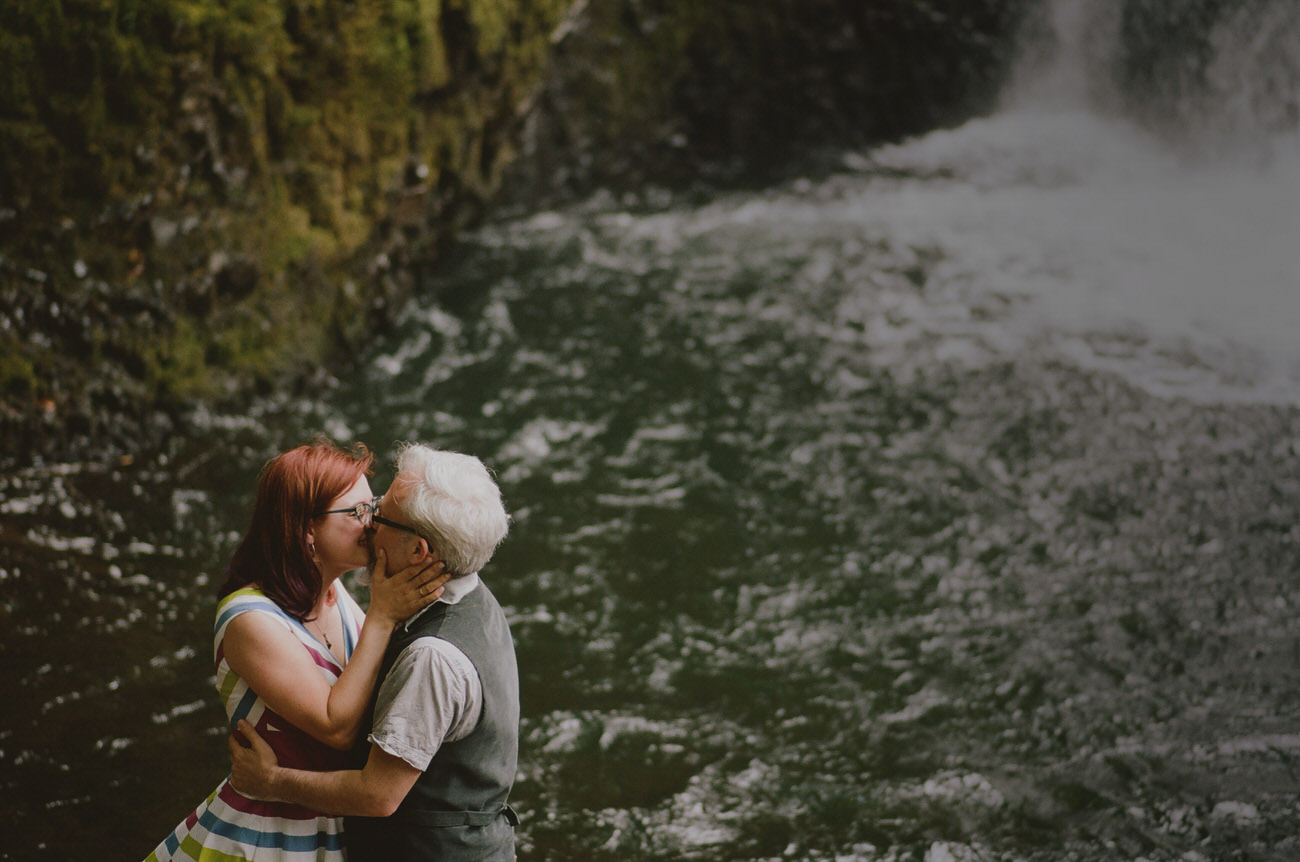 Portland_elopement_wedding_untraditional_wedding_photographers_44.JPG