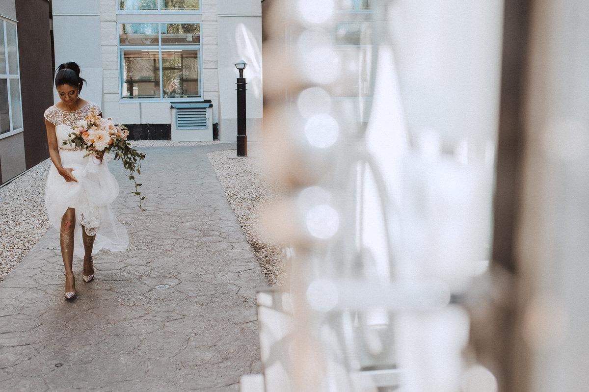 Edmonton-wedding-photographers-cafe-linnea-priyanka-clayton-11.jpg