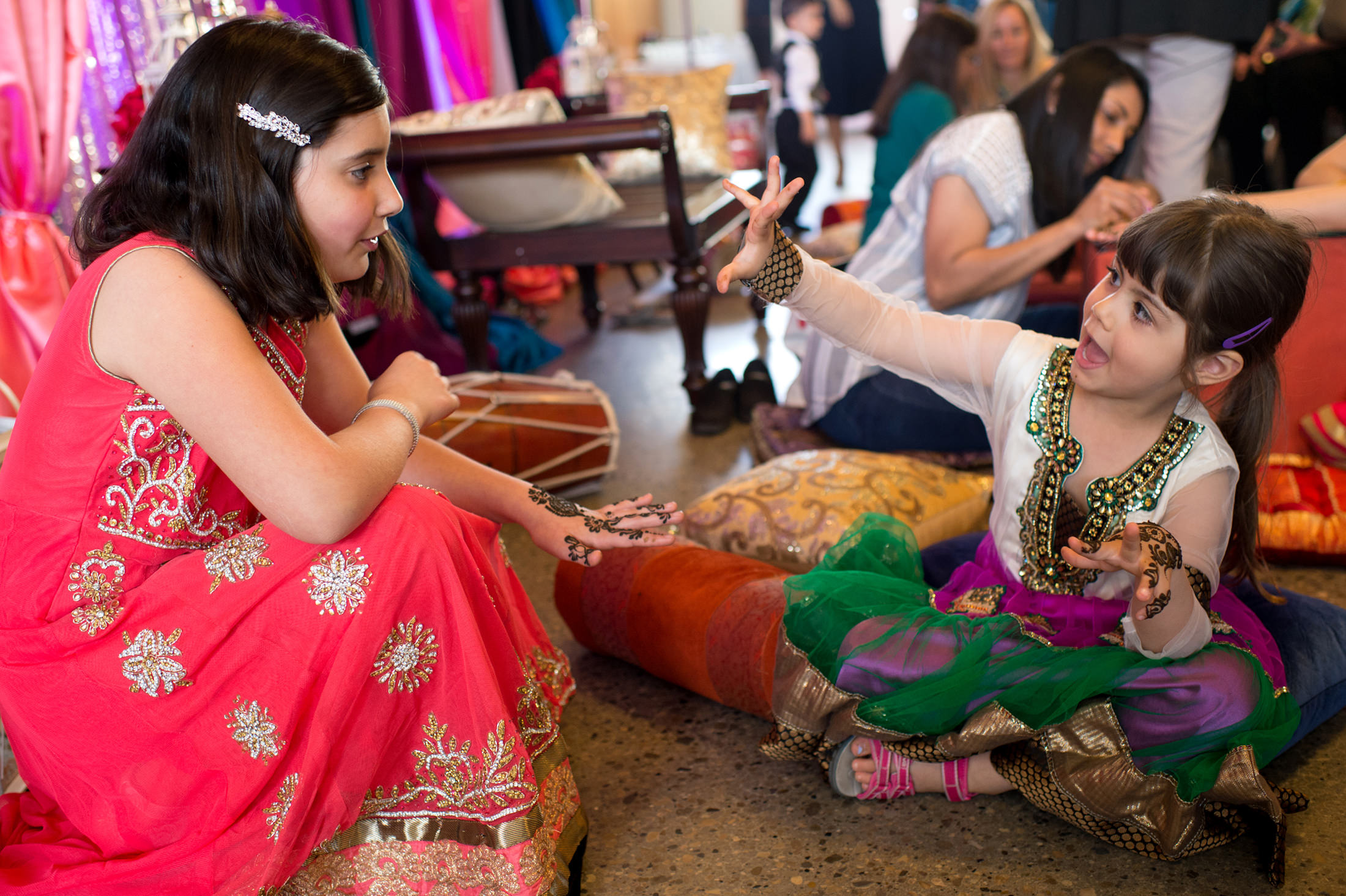 Edmonton_wedding_photographers_enjoy_center_wedding_Kiran_faisal_02.jpg