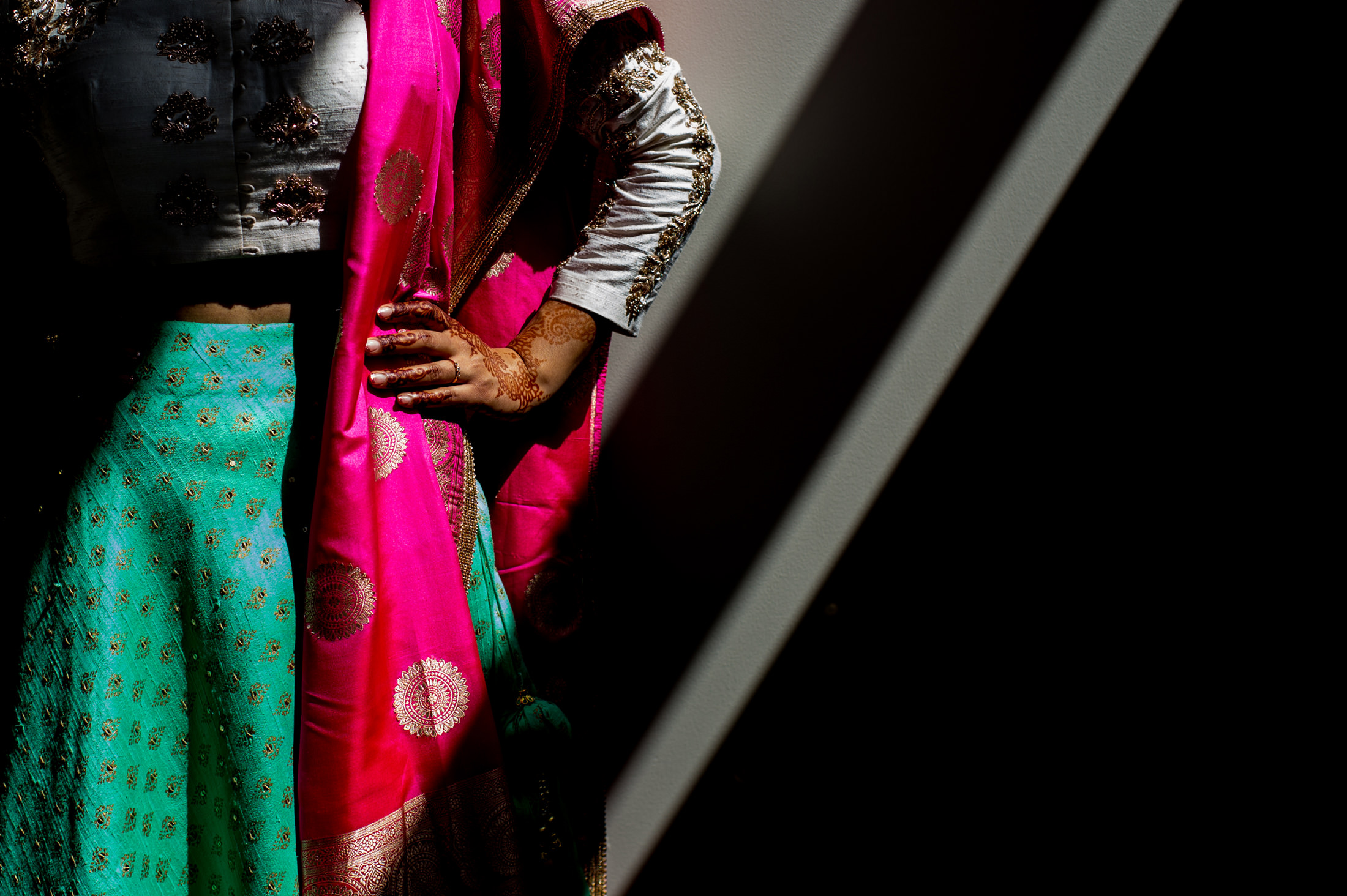 Edmonton_wedding_photographers_enjoy_center_wedding_Kiran_faisal_04.jpg