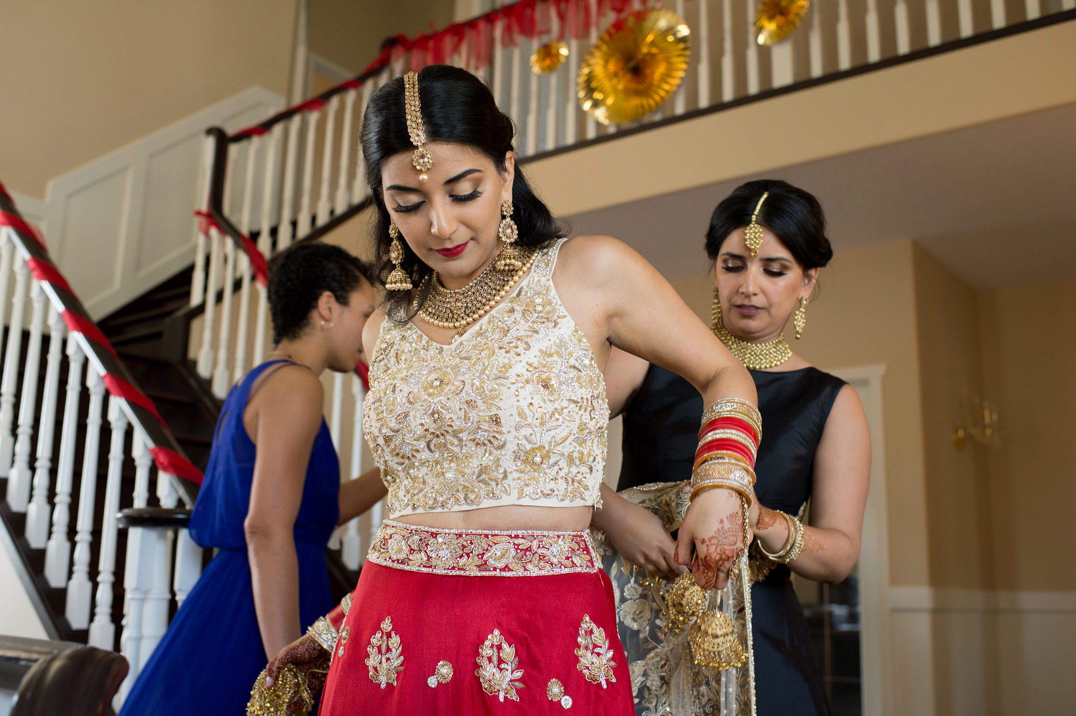 Edmonton_wedding_photographers_enjoy_center_wedding_Kiran_faisal_10.jpg