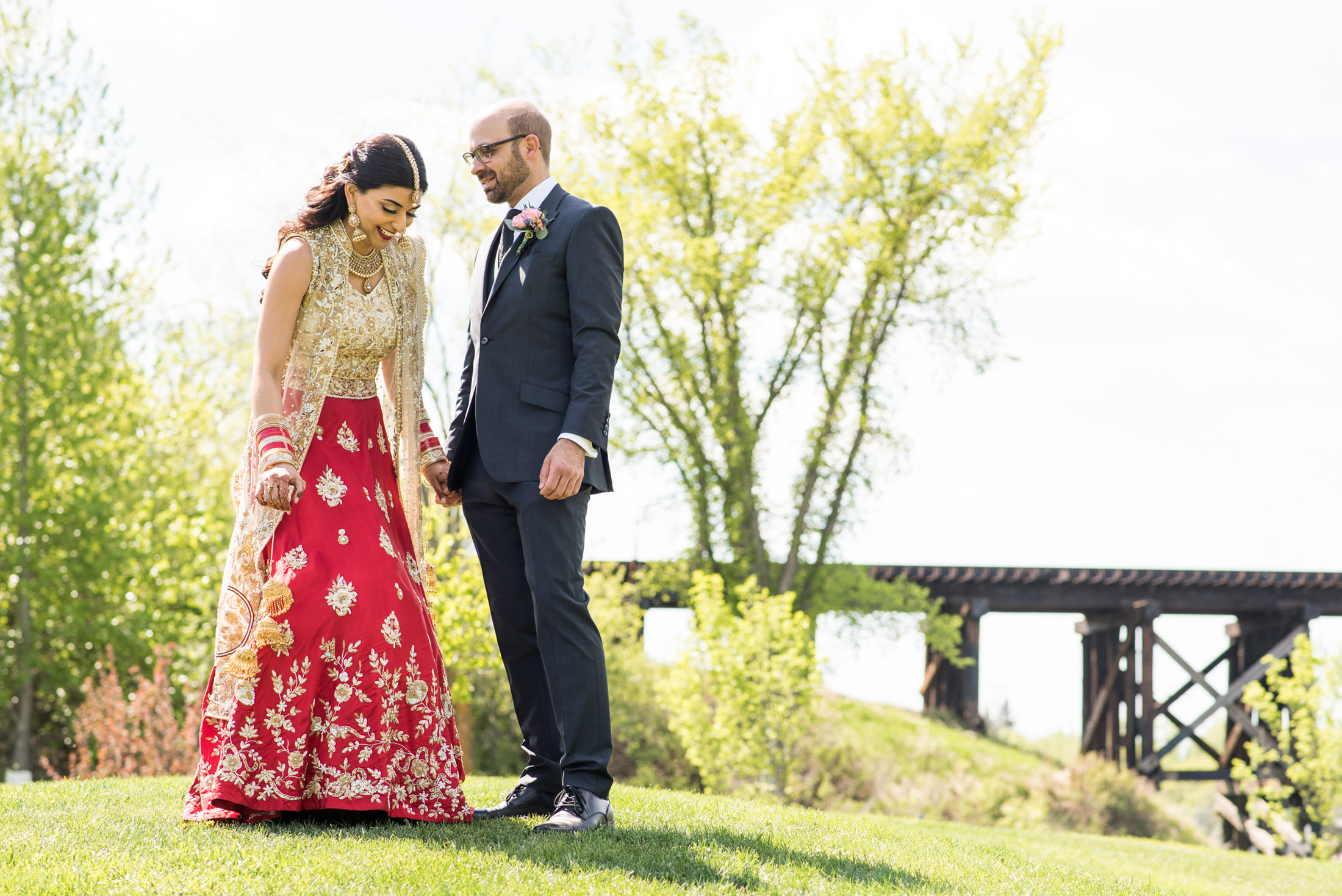 Edmonton_wedding_photographers_enjoy_center_wedding_Kiran_faisal_13.jpg