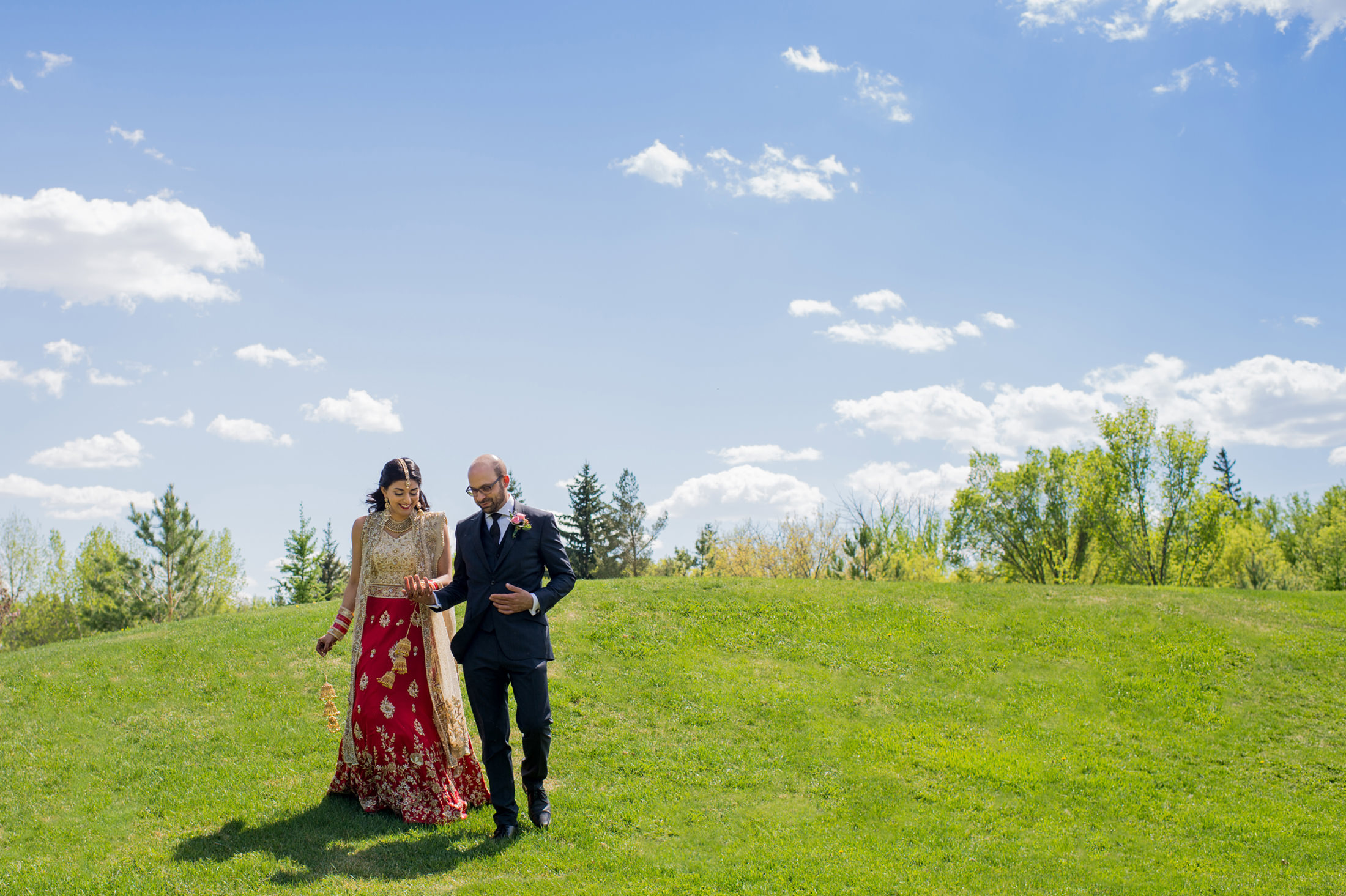 Edmonton_wedding_photographers_enjoy_center_wedding_Kiran_faisal_14.jpg