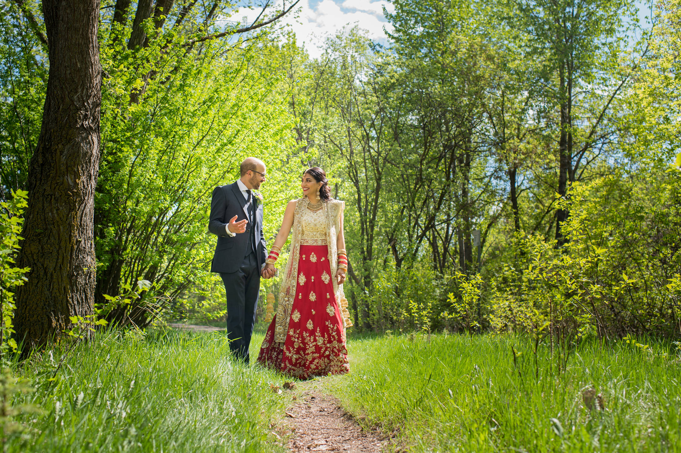 Edmonton_wedding_photographers_enjoy_center_wedding_Kiran_faisal_18.jpg