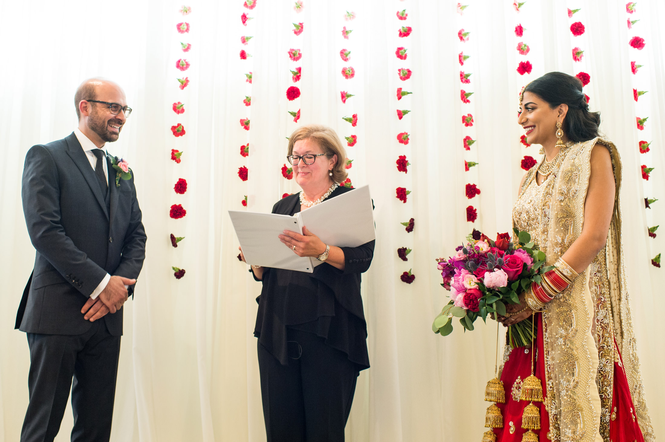 Edmonton_wedding_photographers_enjoy_center_wedding_Kiran_faisal_24.jpg