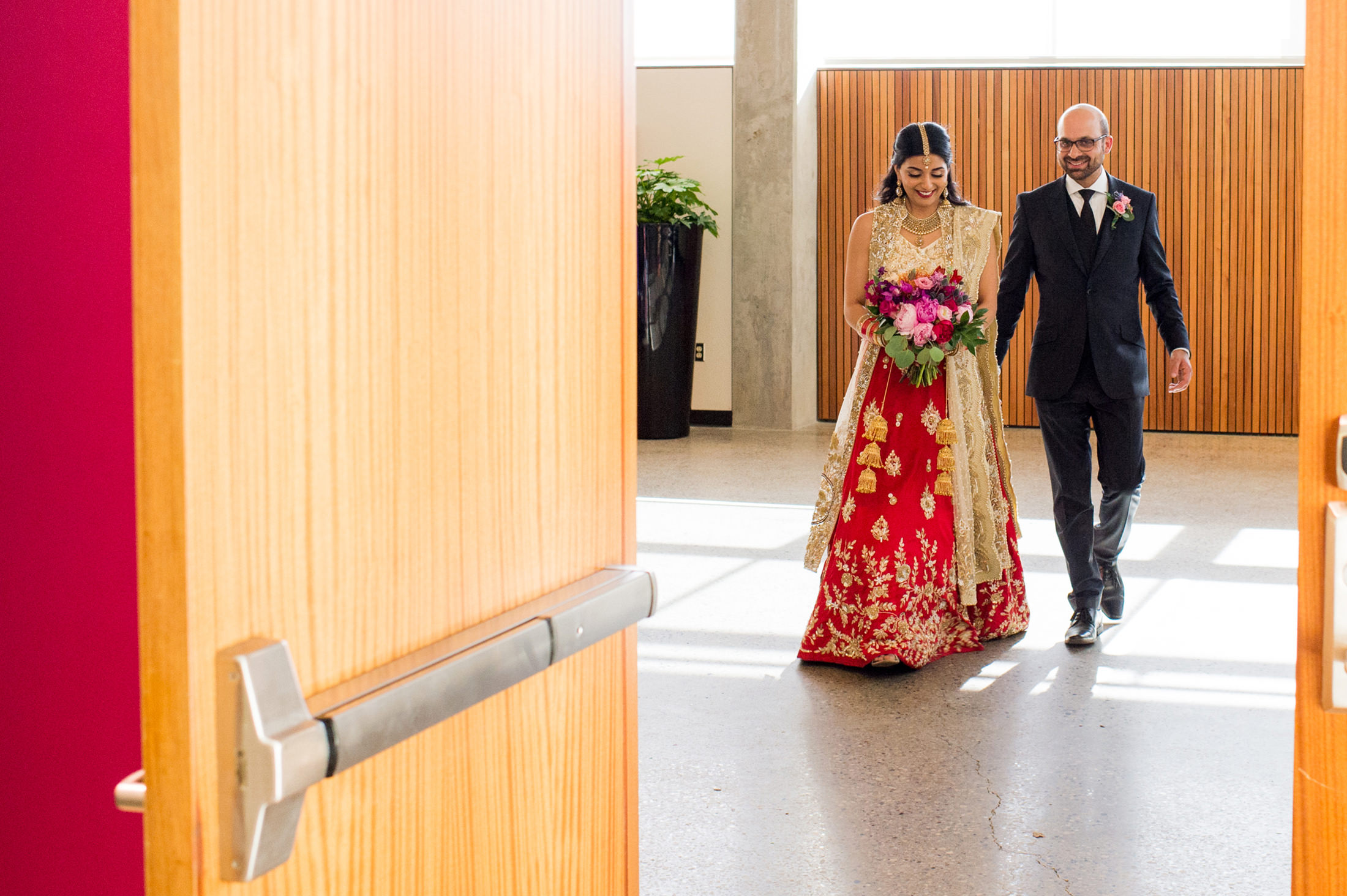 Edmonton_wedding_photographers_enjoy_center_wedding_Kiran_faisal_26.jpg
