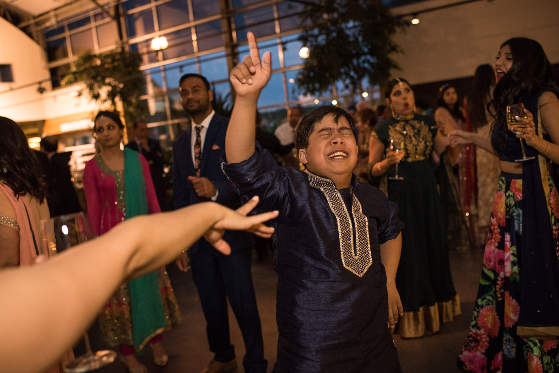 Edmonton_wedding_photographers_enjoy_center_wedding_Kiran_faisal_40.jpg
