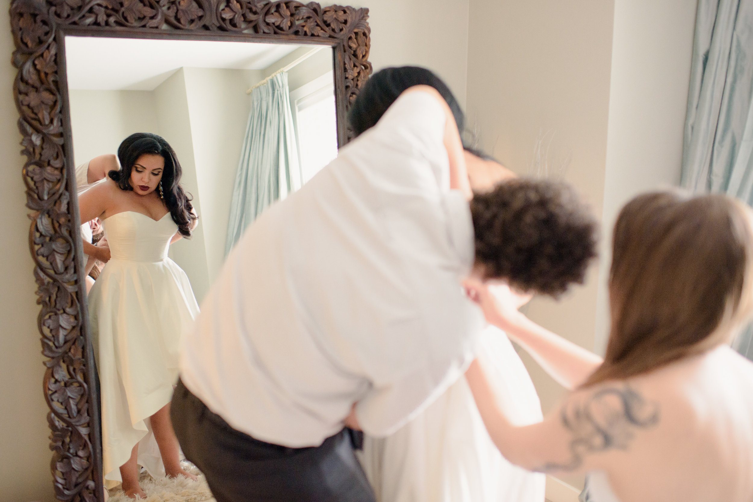 Edmonton_wedding_foundry_room_andrea_michael_calgary-engagement-05.jpg