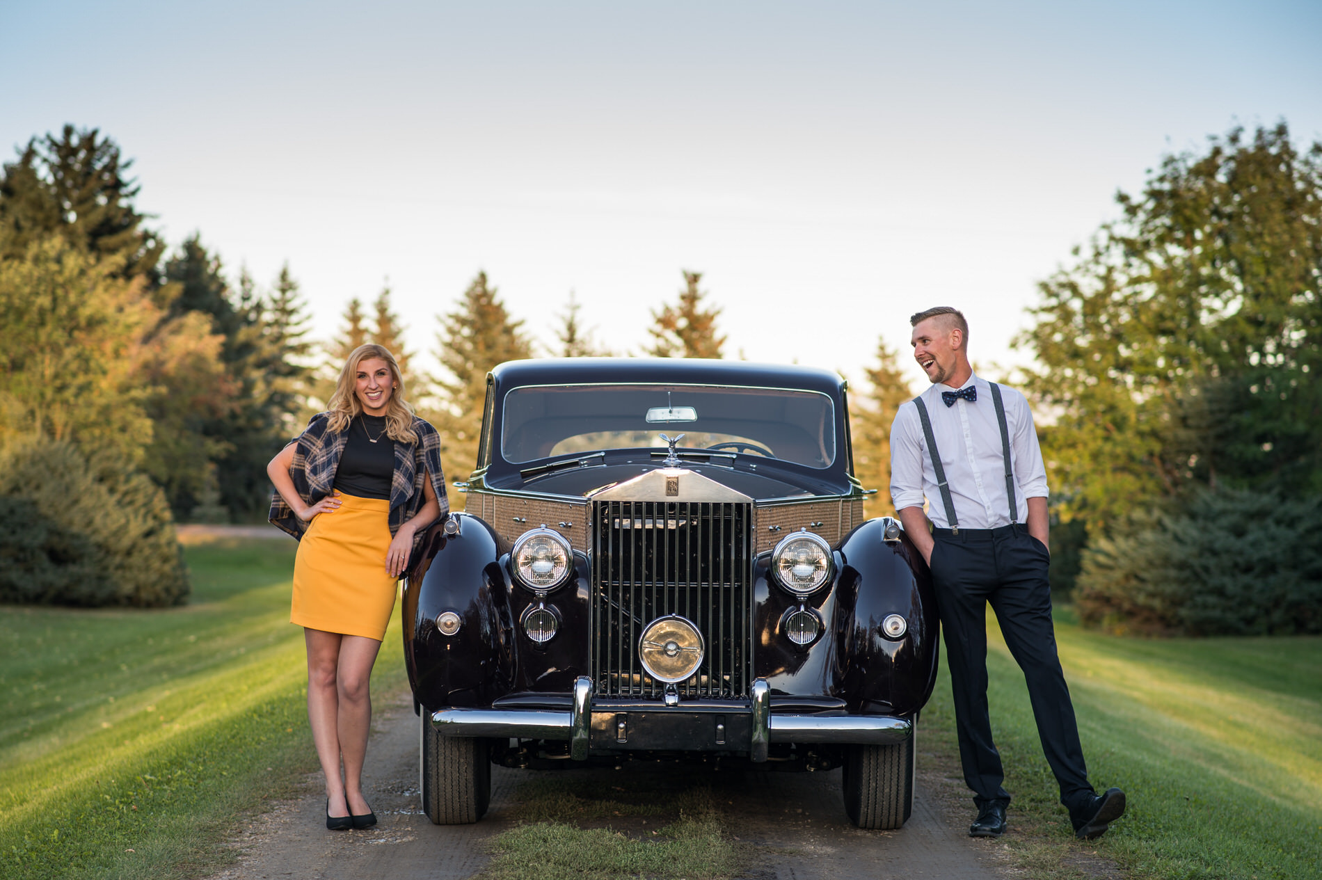 Edmonton_plane_airport_rolls_royve_engagement_photo_karen_ben_11.jpg
