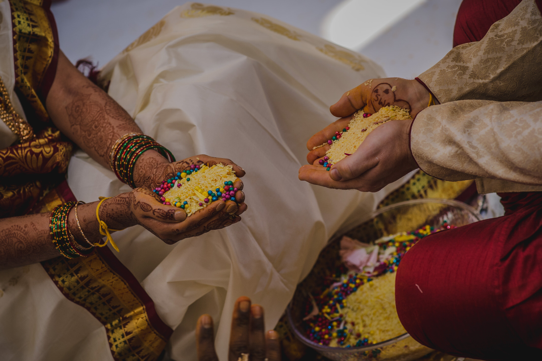 SwathiNeil_hindu_wedding_edmonton_photographer_34.jpg