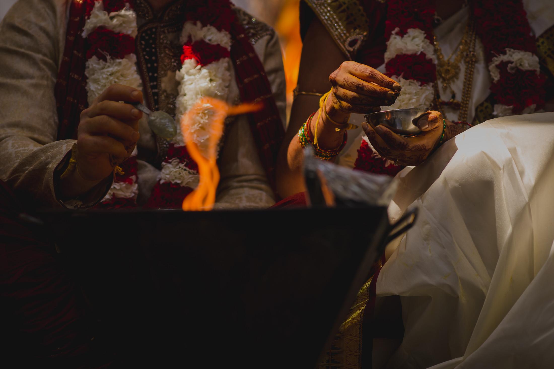 SwathiNeil_hindu_wedding_edmonton_photographer_37.jpg
