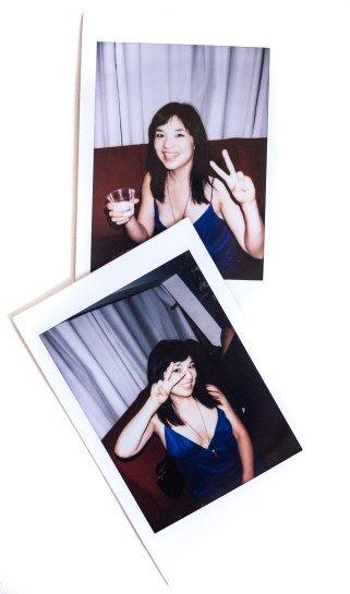 xAmy-blue-dress-instax-2-2-2-321x545.jpg.pagespeed.ic.AAWsz5NzXl.jpg