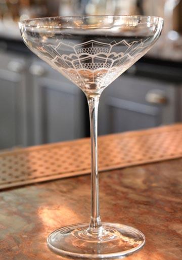 Kate Moss champagneglas - för grund & obalanserad!