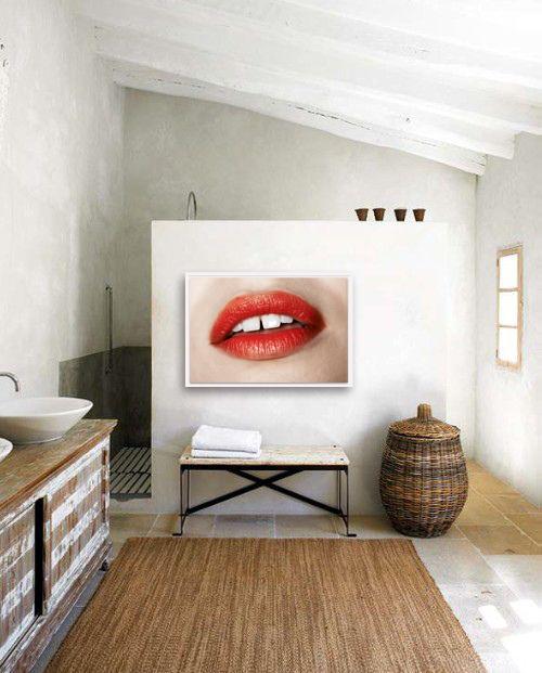 RED LIPS_interior (2).jpg
